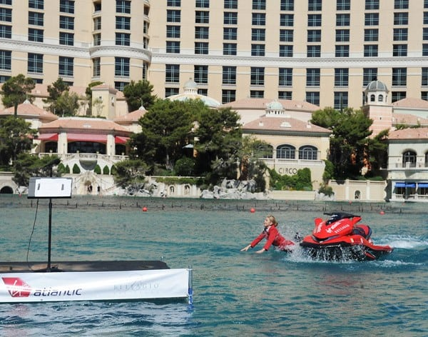 Virgin Airlines Cabin Attendant Vicky Lewis Falls Into the Bellagio Fountains