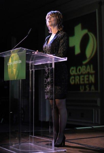 Sharon Lawrence at Global Green USA's Millenium Awards