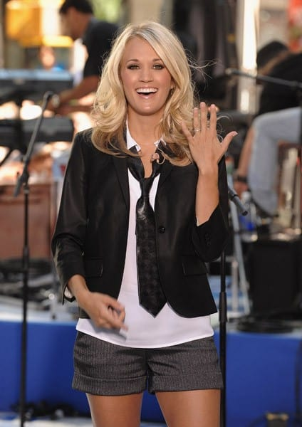 """Singer Carrie Underwood performs on NBC's """"Today"""" at Rockefeller Center on July 30, 2010 in New York City."""