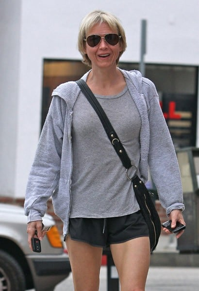 Renee Zellweger Spotted on the Streets of Brentwood in Los Angeles