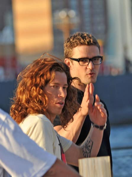 "Olympian Shaun White and Justin Timberlake filming on location for ""Friends With Benefits"" in the Streets of Brooklyn on August 6, 2010 in the Brooklyn Borough in New York City."
