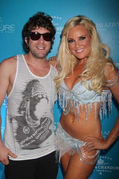 Bridget Marquardt Takes a Snow Day and Cools off at Azure Luxury Pool in Las Vegas on August 28, 2010