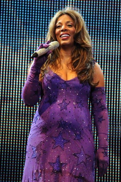 1-Donna Summer Performs at the Hard Rock Live! in the Seminole Hard Rock Hotel & Casino on August 18, 2010 in Hollywood, Florida.