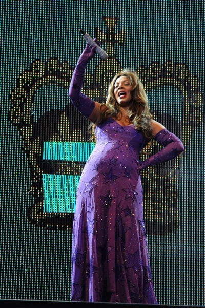 Donna Summer Performs at the Hard Rock Live! in the Seminole Hard Rock Hotel & Casino on August 18, 2010 in Hollywood, Florida.