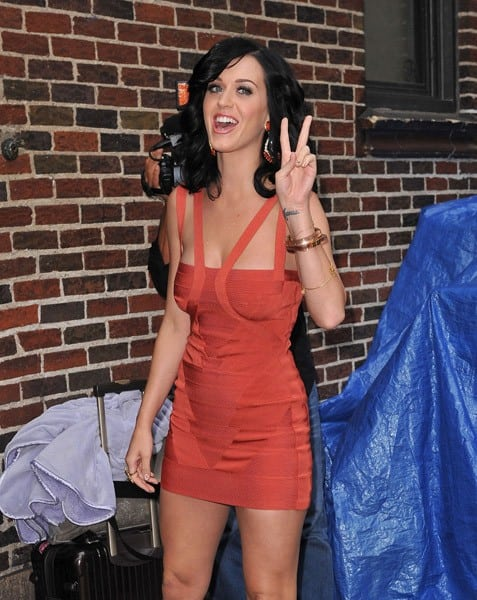 Singer Katy Perry visits 'Late Show With David Letterman' at the Ed Sullivan Theater on August 24, 2010 in New York City.