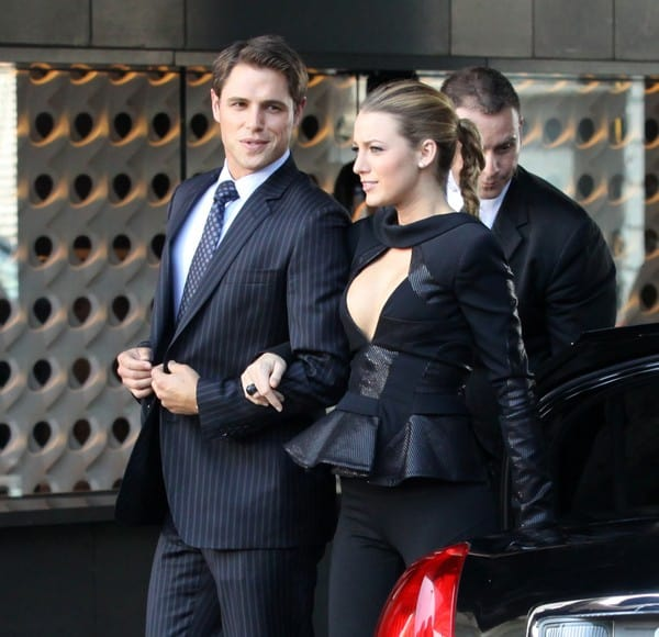 Sam Page and Blake Lively During 'Gossip Girl' Filming in the Meatpacking District in New York City on August 31, 2010