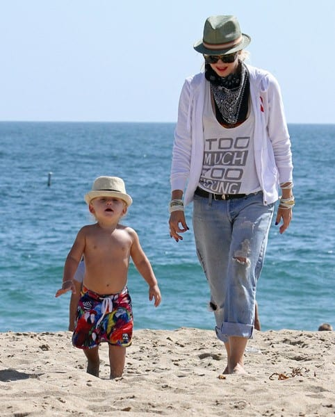 Gwen Stefani and Zuma Rossdale are seen in Newport Beach on August 29, 2010 in Los Angeles, California.