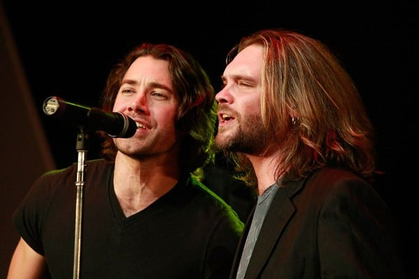 Former American Idol finalists Ace Young and Bo Bice perform at the 32 Annual Georgia Music Hall Of Fame Awards at the Cobb Energy Center on September 11, 2010 in Atlanta, Georgia.