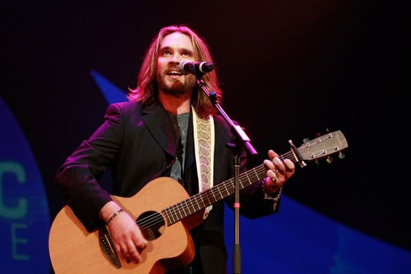 Former 'American Idol' finalist Bo Bice performs at the 32 Annual Georgia Music Hall Of Fame Awards at the Cobb Energy Center on September 11, 2010 in Atlanta, Georgia.