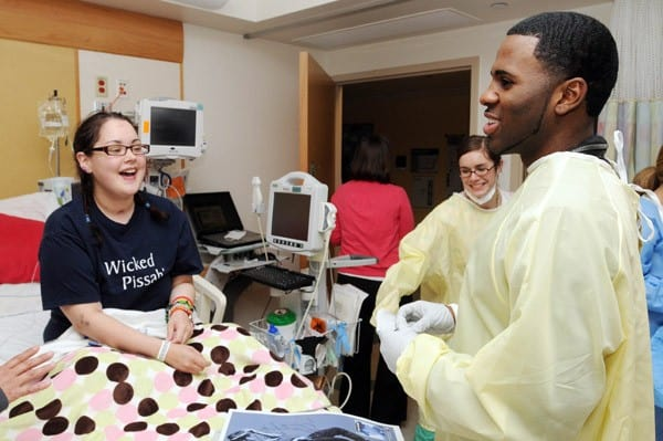 Jason Derulo visits patients at Children's Hospital Boston on September 28, 2010 in Boston, Massachusetts.