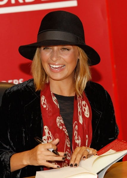Nicole Richie promotes 'Priceless' at Borders Books & Music, Columbus Circle on September 28, 2010 in New York City.