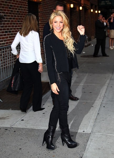 Singer Shakira visits 'Late Show With David Letterman' at the Ed Sullivan Theater on September 23, 2010 in New York City.