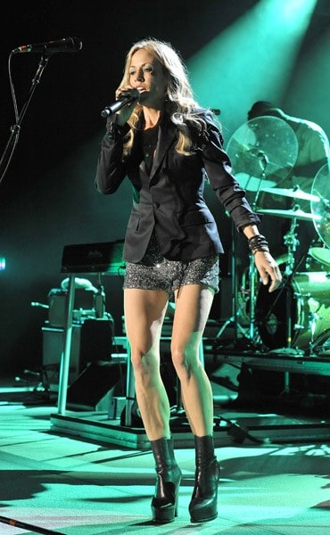 Singer/songwriter Sheryl Crow performs in concert at the Greek Theatre on September 10, 2010 in Los Angeles, California.