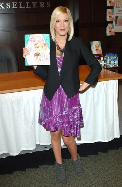 Tori Spelling signs copies of her book 'Presenting...Tallulah' at Barnes & Noble bookstore at The Grove on September 27, 2010 in Los Angeles, California.
