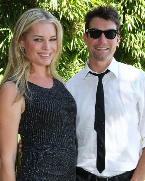 Rebecca Romijn and Jerry O'Connell at the Children Raising Children event held at a private residence on October 10, 2010 in Pacific Palisades, California.