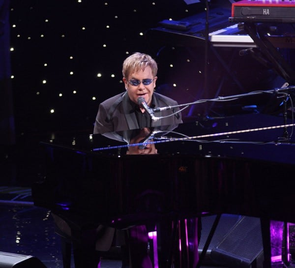 Elton John performs on 'Good Morning America' at the Beacon Theatre on October 20, 2010 in New York City.