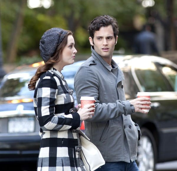 Leighton Meester and Penn Badgley Filming On Location for 'Gossip Girl' at Turtle Bay in New York City on October 22, 2010.