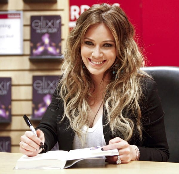 Actress, singer and author Hilary Duff promotes 'Elixir' at Borders Books & Music, Columbus Circle on October 11, 2010 in New York City.
