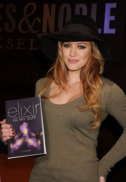Hilary Duff signs copies of her new book 'Elixir' at Barnes & Noble bookstore at The Grove on October 19, 2010 in Los Angeles, California.