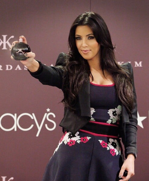 Kim Kardashian launches her new fragrance at Macy's Herald Square on October 27, 2010 in New York City.