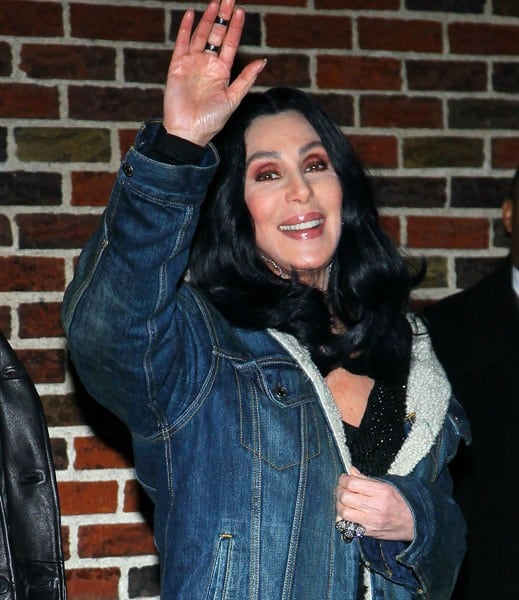 Cher visits 'Late Show With David Letterman' at the Ed Sullivan Theater on November 11, 2010 in New York City.