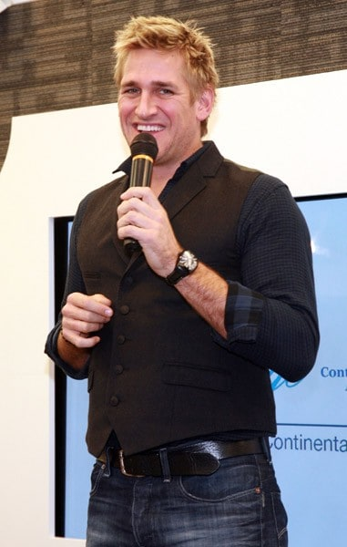 Author and Celebrity Chef Curtis Stone attends the Continental VIP Lounge From Chase at the Short Hills Mall on November 26, 2010 in Short Hills, New Jersey.