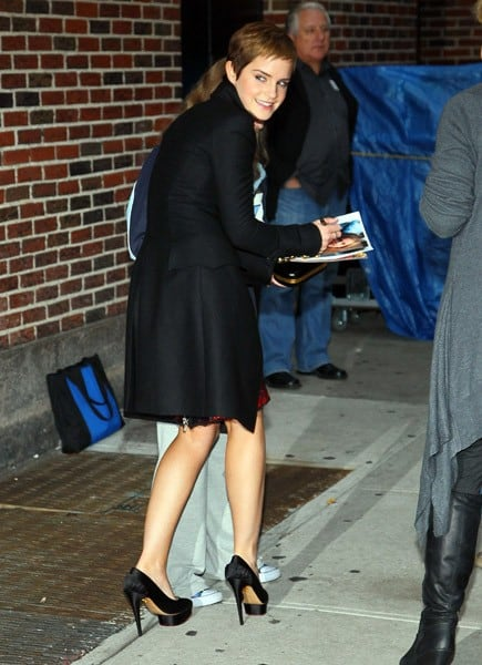 Actress Emma Watson visits 'Late Show With David Letterman' at the Ed Sullivan Theater on November 15, 2010 in New York City.