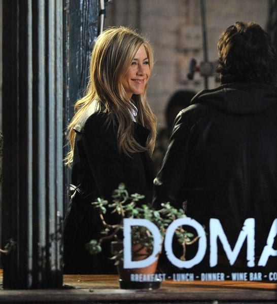 Jennifer Aniston is seen on location for 'Wanderlust' on the streets of Manhattan on November 18, 2010 in New York City.