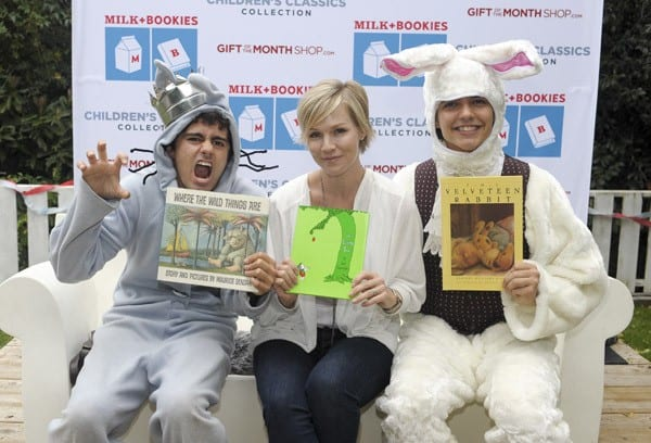 Jennie Garth poses with actors dressed as the Valveteen Rabbit and Max from 'Where the Wild Things Are' At The Milk + Bookies Event Sponsored By The Gift Of The Month Shop at a private residence on November 7, 2010 in Los Angeles, California.