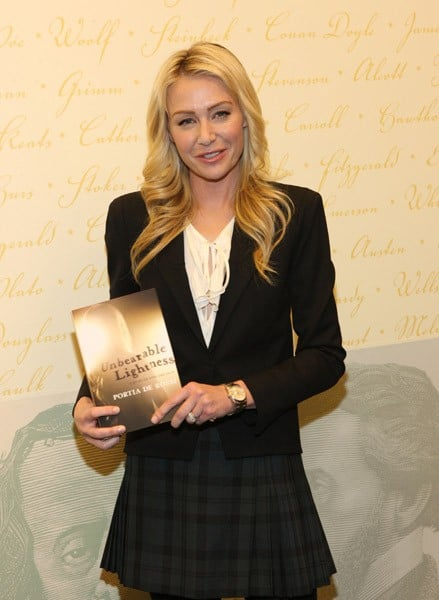 Actress Portia De Rossi Promotes U0027Unbearable Lightnessu0027 At Barnes U0026 Noble,  Lincoln Triangle