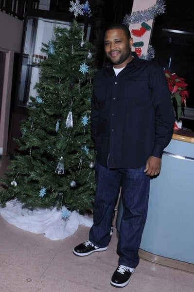 Actor Anthony Anderson and his family attend the 1st Annual 'Gifts Of Joy' Holiday Toy Drive And Benefit Concert at Mid Valley Family YMCA on December 23, 2010 in Van Nuys, California.