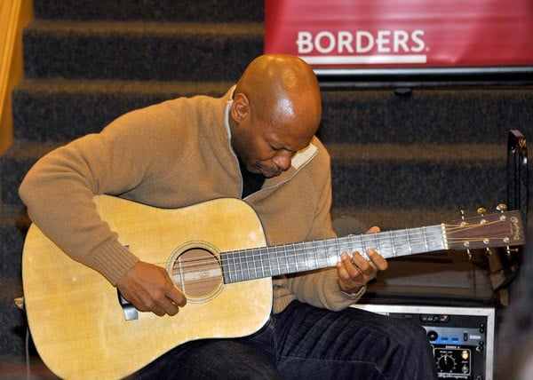 Jazz Guitarist Kevin Eubanks, former Jay Leno band leader, performs songs from his new CD, 'Zen Food', at Borders Books & Music on December 3, 2010 in Hollywood, California.