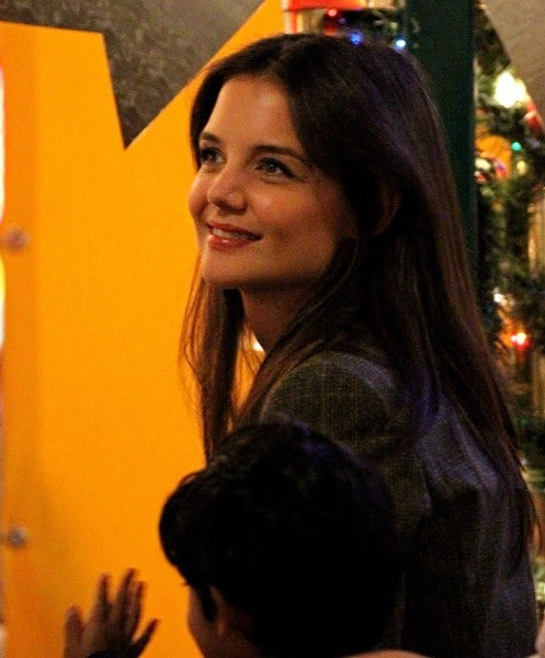 Katie Holmes is seen on location for 'Jack and Jill' on December 13, 2010 in Los Angeles, California.