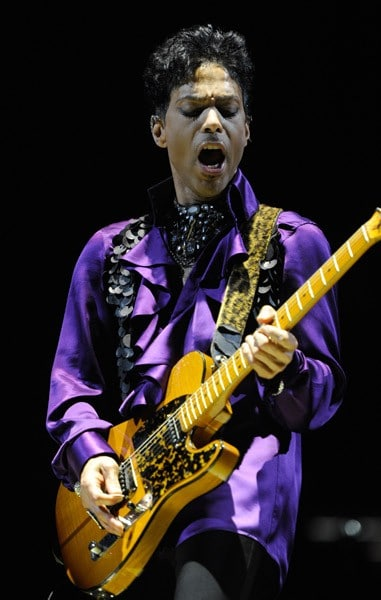 Prince performs during the 'Welcome 2 America' tour at Madison Square Garden on December 29, 2010 in New York City