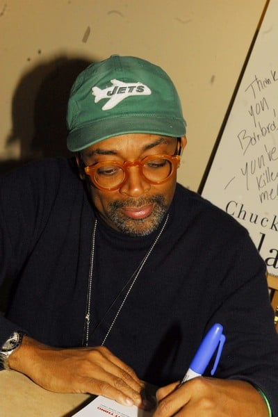'Spike Lee: Do the Right Thing' Book Signing at Barbara Bookstore in Chicago, Illinois on December 24, 2010