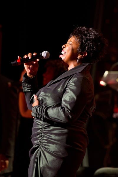 Gladys Knight performs at the 2011 24K Club Banquet at the Grand Ballroom at The Waldorf-Astoria on January 8, 2011 in New York City.
