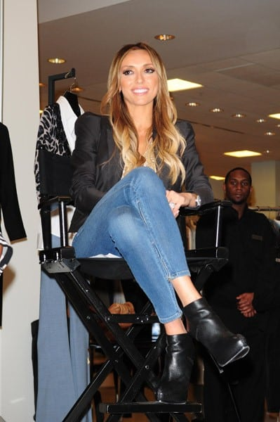 E! News Host Giuliana Rancic attends the Girlfriends Giving Goodness event to benefit Dress for Success at Bloomingdales Aventura Mall on January 20, 2011 in Miami, Florida.