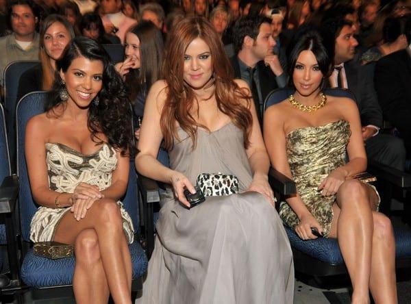TV personalities Kourtney Kardashian, Khloe Kardashian and Kim Kardashian attend the 2011 People's Choice Awards at Nokia Theatre L.A. Live on January 5, 2011 in Los Angeles, California.