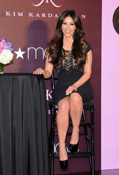 Kim Kardashian launches her fragrance 'Kim Kardashian' at Macy's Glendale Galleria on February 22, 2011 in Glendale, California.