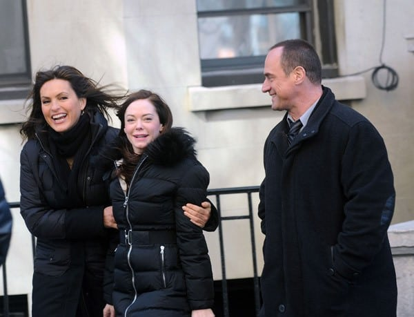 Mariska Hargitay, Rose McGowan and Christopher Meloni filming on location for 'Law & Order: SVU' on the streets of Manhattan on February 14, 2011 in New York City.
