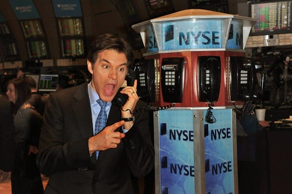Dr. Mehmet Oz rings the closing bell at the New York Stock Exchange on February 7, 2011 in New York City.