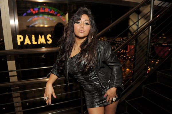 Nicole 'Snooki' Polizzi dines at NOVE Italiano restaurant at The Palms Casino Resort on February 15, 2011 in Las Vegas, Nevada.