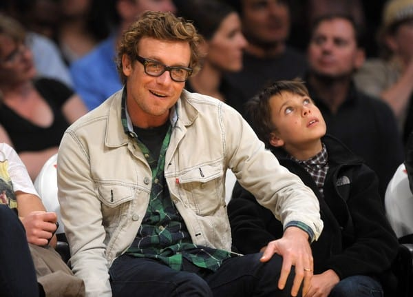 Simon Baker Attends the Game Between the New Orleans Hornets and the Los Angeles Lakers on March 27, 2011 at the Staples Center in Los Angeles, California.
