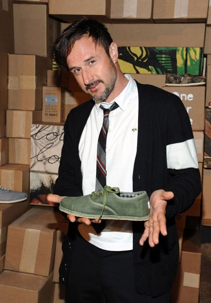 David Arquette and Selma Blair attend the launch of TOMS spring 2011 collection inspired by Dan Eldon at the TOMS Give Shop and Gallery presented by TOMS and the Creative Visions Foundation held at Space 15 Twenty on March 11, 2011 in Los Angeles, California.