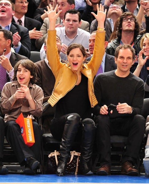 Katharine McPhee attends the New Jersey Nets vs New York Knicks game at Madison Square Garden on March 30, 2011 in New York City.