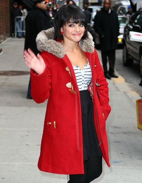 Musician Norah Jones arrives at 'Late Show With David Letterman' at the Ed Sullivan Theater on March 30, 2011 in New York City.