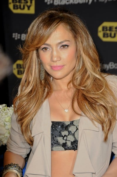Jennifer Lopez Launches the BlackBerry PlayBook and Her New Album 'LOVE?' at Best Buy in Los Angeles, California on April 19, 2011