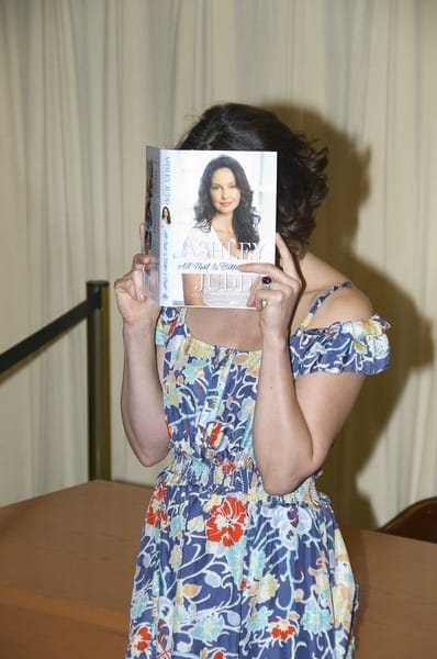 Ashley Judd's 'All That Is Bitter and Sweet: A Memoir' Book Signing at Barnes & Noble in New York City on April 6, 2011