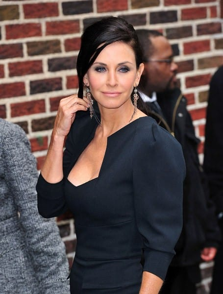 Courteney Cox visits 'Late Show With David Letterman' at the Ed Sullivan Theater on April 13, 2011 in New York City.