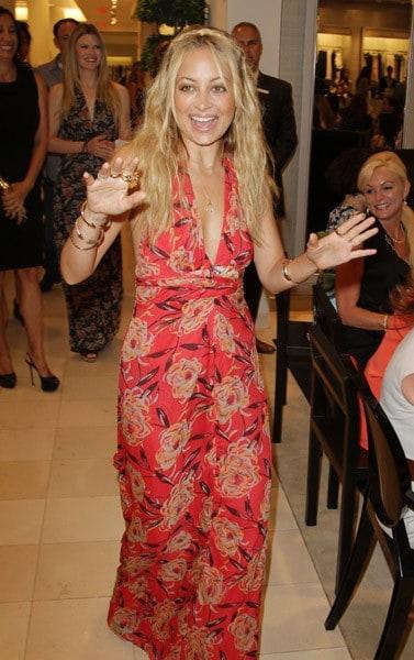 Nicole richie fashion line name 37